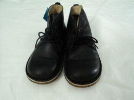 560 Lederschuhe in schwarz Knöchelhoch von KICKERS   Gr. 31