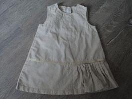 3233 Schönes Kleid in beige unten an einer seite geraffter Stoff mit Schleife ,vorne Blumen gestickt ( festlich) von H&M Gr. 80
