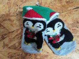 L-77 Weihnachtssocken mit Pinguine und Stopper auf an der Sohle Gr. 18