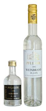 """1992 Gewürztraminer Weinbrand """"PLATIN"""""""