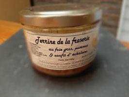Terrine de la Fraserie au foie gras, pommes et confits d'échalottes