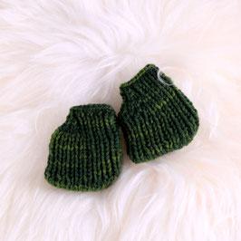 Stiefel/ Hausschuhe waldgrün für Dreikäsehoch Montags-Direkt-SALE