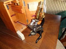 Hp-7/13 Mikroskop Leitz