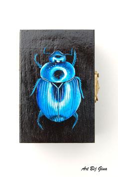 Hand beschilderd houten kistje blauwe kever klein