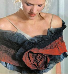Heyke Manthey Filzstola Rote Rose