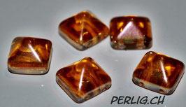 Pyramid Crystal Apricot medium