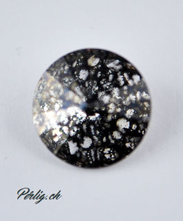 1122  14 mm  Crystal (001)  Black Patina (BLAPA)