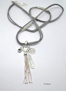 Halskette Feder und Tassel