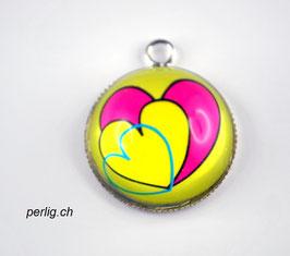 Herzen in Halbkugel