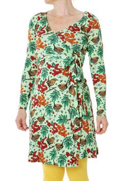 Wickelkleid für Damen mit Vogelbeeren auf sanftem Grün von DUNS