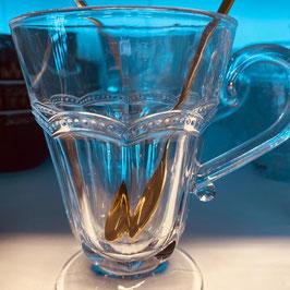 Tee-oder Wasserglas mit Perlenrand