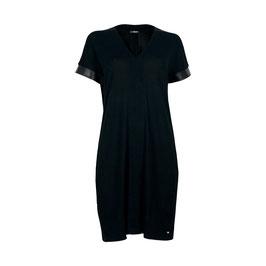 Kleid mit Lederstreifen