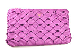 Prada Clutch in Lila