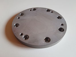 Adapter plate / fastening or mounting plate
