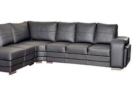 Чистка каждого дополнительного посадочного места у КОЖАНОГО дивана нестандартного размера.