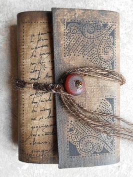Carnet d'artiste - Carnet de voyage Grimoire - Carnet à rabat - Perle rouge