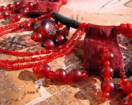 Collier Amazonie - Collier Ethnique  Souvenir du Fleuve - Red beetle