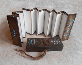 Carnet accordéon pour recueillir des messages d'amour ou d'amitié
