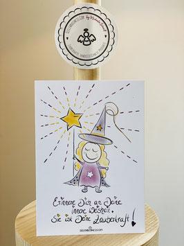 """Wunderschöne Premium-Postkarte mit zuckersüßem Hexchen.   """"Erinnere Dich an Deine innere Weisheit. Sie ist Deine Zauberkraft!"""""""