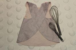 Tablier croisé gris et rose en coton enduit garanti SANS PHTALATES (obligatoire pour les enfants de moins de 36 mois) . TAILLE 3 -4 ans.  Pour aider maman et/ou papa à la cuisine, peinture...