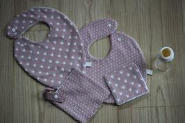 Kit naissance tissu et éponge Oeko-Tex comprenant un bavoir foulard, un bavoir traditionnel, 2 carrés assortis, une attache tétine