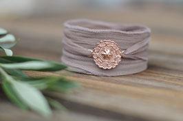 Seidenarmband Amulett gefüllt rosevergoldet Art nr. A 342