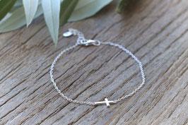 Silberarmkette sehr fein Kreuz art nr. A479