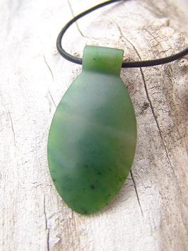 Ovaler Jade Anhänger