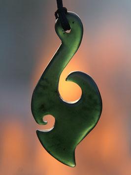 Großer Hook - Jade Anhänger