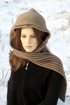 Kapuzen-Schal aus Possumwolle