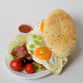 Frühstücks-Egg-Burger
