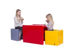 DADU Kindertisch für Innen- und Außenbereich | wetterfester Kindertisch für den DADU Wendehocker | kippstabil, abwaschbar, UV-stabil in vielen schönen Farben