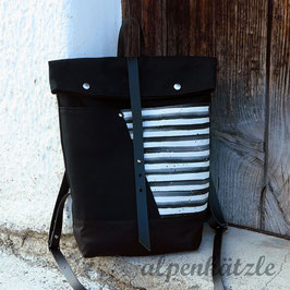 Rucksack ( Black and White ) gestreift