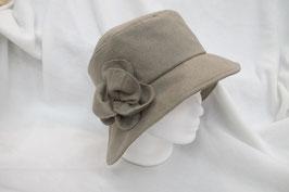 Hut & Robe 30iger Jahre Hut,  taupefarben aus 50% Wolle, 50% Polyamid