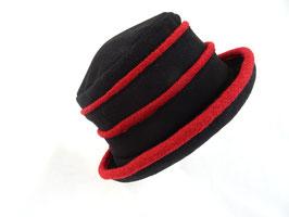 Hut und Robe Fugger schwarz rot Wolle