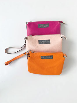 Kleine Ledertasche in PINK, LIGHTROSA und ORANGE. 16cm x 22cm x 5,5cm.