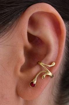Ohrring Ohrklemme  mit roter Korallenkugel - vergoldet 303G