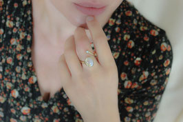 Fingerring mit Regenbogen-Labradorit und Süßwasserperle, 509G