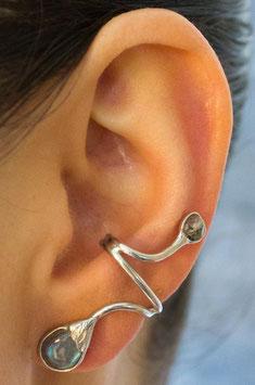 Ohrring mit geschliffenem Labradorit in Tropfenform, 413S