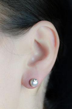Ohrstecker mit grauer Perle, 736S