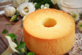 虹の光 ホワイト 無垢 いまいさん卵と減農薬米粉のやさしいシフォンケーキ