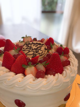 あなたにチューニングした優しい減農薬米粉デコレーションケーキ