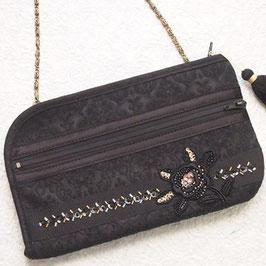 お財布ショルダーバッグ・ビーズ刺繍/ジャガード黒