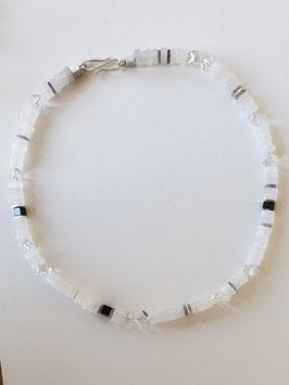 Bergkristallkette mit 925er Silber