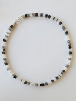 Würfelkette aus Mondstein, Labradorit, Onyx und 925er Silber