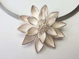 Große Seerose aus 925er Silber