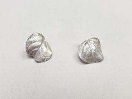 Blatt-Ohrstecker aus 925er Silber