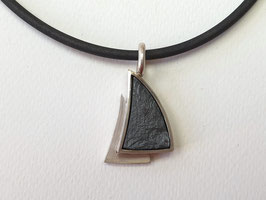 """""""Schwarze Segel"""" in Silber mit Hämatit"""