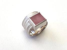 Ring aus 925er Silber mit rosa Turmalin, Grasstruktur