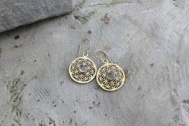 Goldfarbene Ohrringe mit Rosenquarz